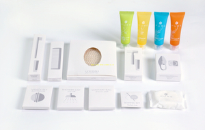 Five star hotel bathroom amenities set for guest